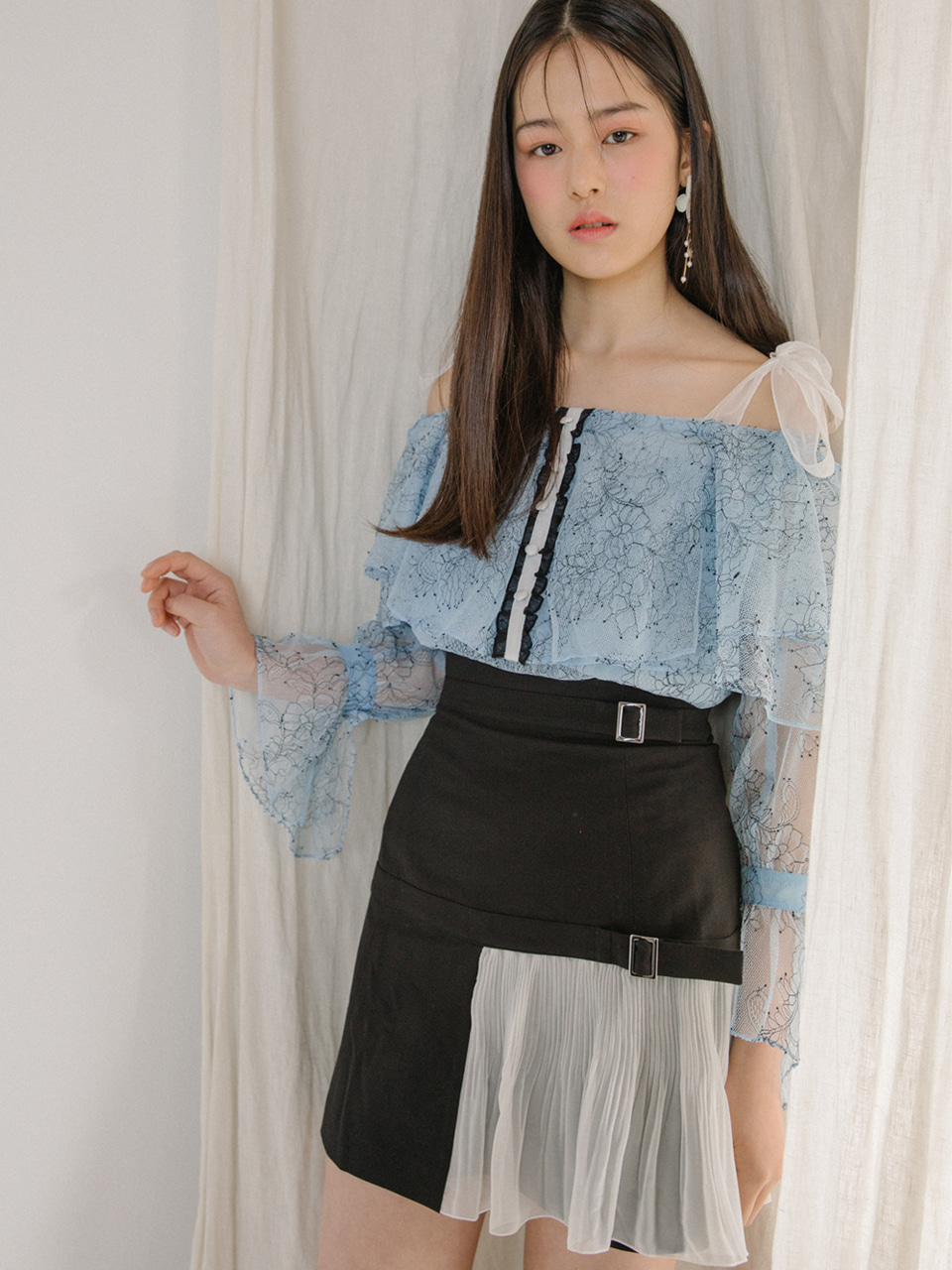 오픈기념 타임세일 18SS High-waist belted skirt (Black)