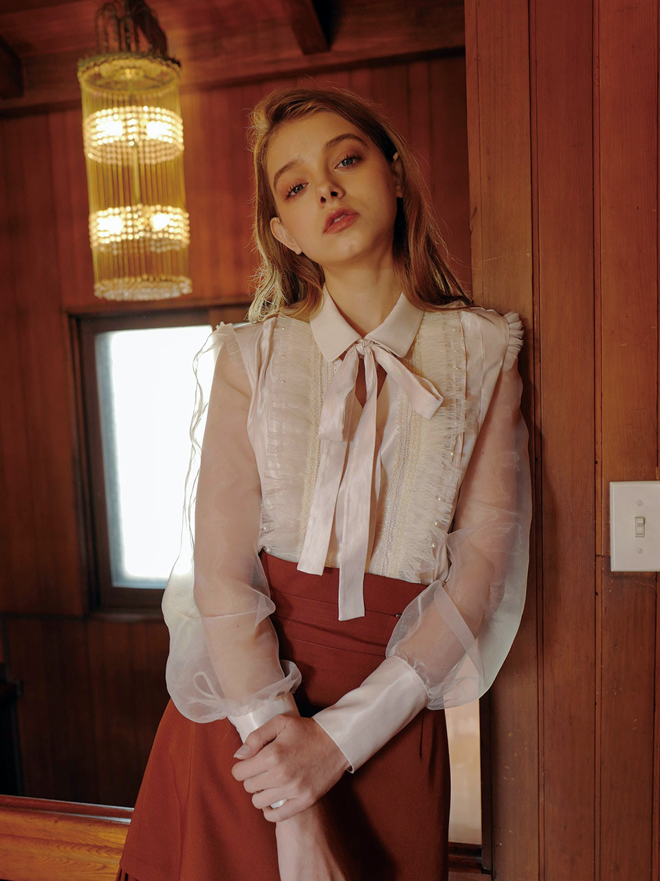 18AW Pearl frill blouse (Ivory)