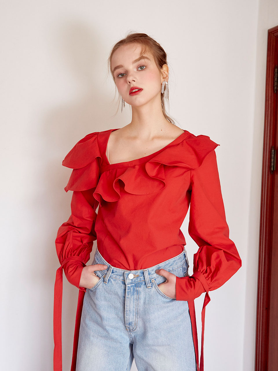 19SS Ruffled puff blouse (Red)