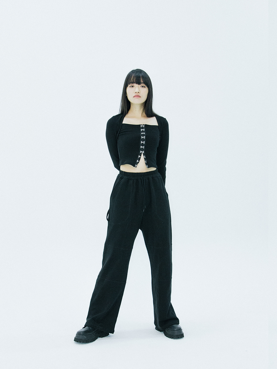 High-waist wide pants (black)